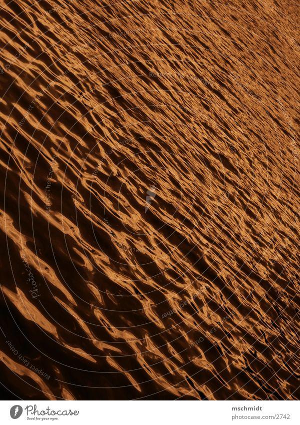 golden water Wasser Meer Farbe See Wellen gold Sepia