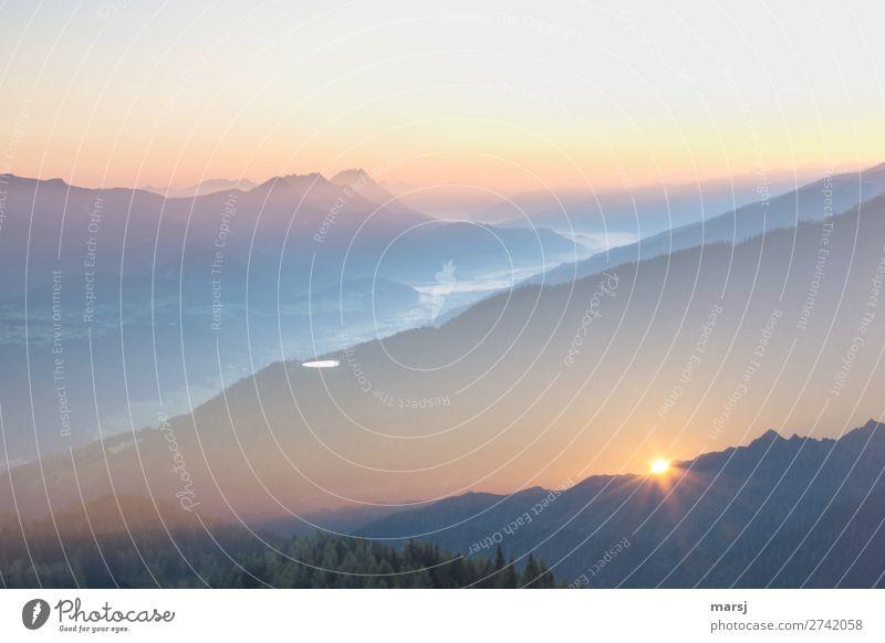 Fernweh   Urlaub in den Bergen harmonisch Ferien & Urlaub & Reisen Ausflug Abenteuer Ferne Freiheit Berge u. Gebirge wandern leuchten außergewöhnlich