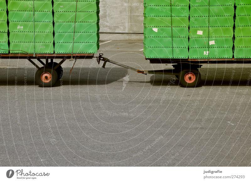 Hirtshals Hafenstadt Verkehr Verkehrsmittel Güterverkehr & Logistik Straße Lastwagen Anhänger Sauberkeit grün Ordnung Verbindung Kiste Umweltschutz Farbfoto