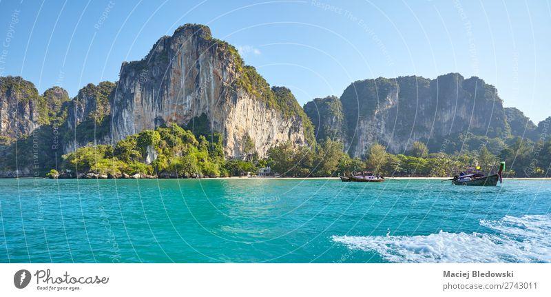 Krabi Provinz Küste an einem sonnigen Morgen, Thailand Ferien & Urlaub & Reisen Tourismus Ausflug Abenteuer Ferne Kreuzfahrt Sommer Strand Meer Insel Wellen
