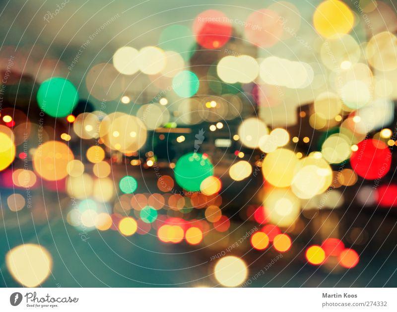 berlin sinfonie. nachspiel Stadt Skyline Verkehr Straßenverkehr Autofahren ästhetisch mehrfarbig chaotisch Lichtpunkt Farbfoto Außenaufnahme Experiment