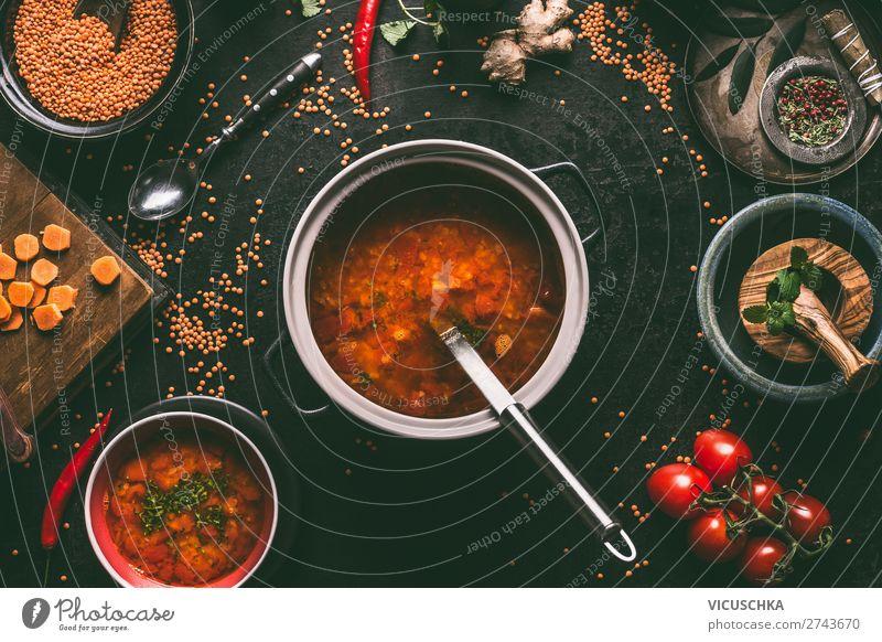 Rote Linsensuppe im Kochtopf Lebensmittel Getreide Suppe Eintopf Ernährung Mittagessen Festessen Bioprodukte Vegetarische Ernährung Diät Geschirr Teller Topf