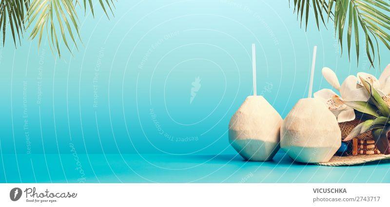 Sommer Hintergrund mit tropische Kokosnuss Cocktail Lebensmittel Getränk Erfrischungsgetränk Trinkwasser Longdrink Stil Design exotisch Ferien & Urlaub & Reisen