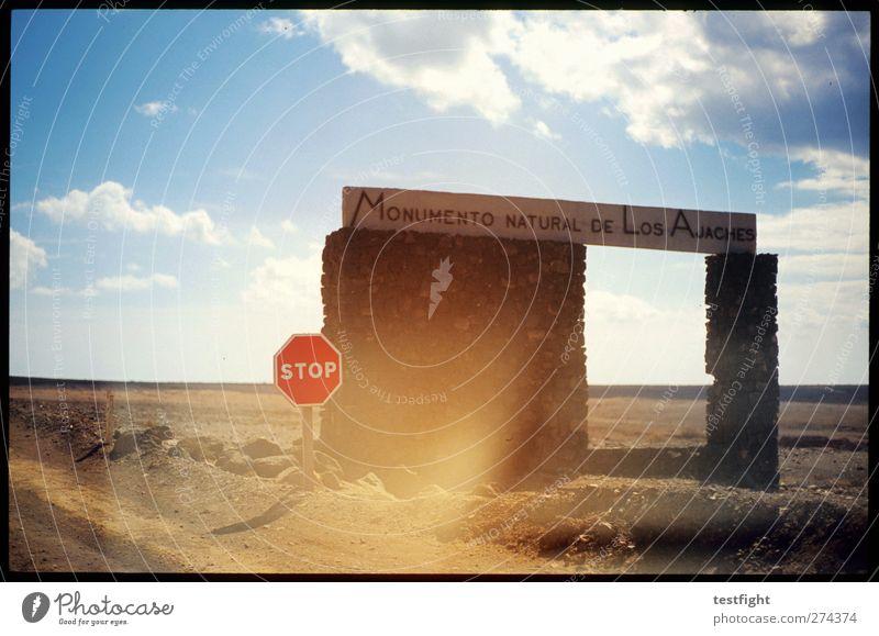 stop Himmel Natur Umwelt Landschaft Park Schilder & Markierungen Schutz Zeichen Nationalpark Lanzarote