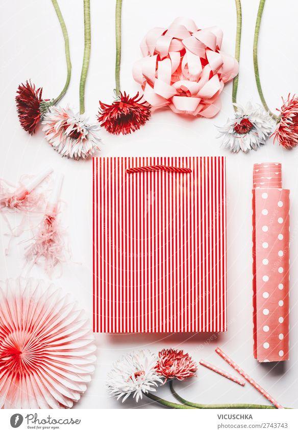 Geschenk Verpackung Objekte mit Blumen kaufen Stil Design Party Veranstaltung Feste & Feiern Valentinstag Muttertag Hochzeit Geburtstag feminin Papier