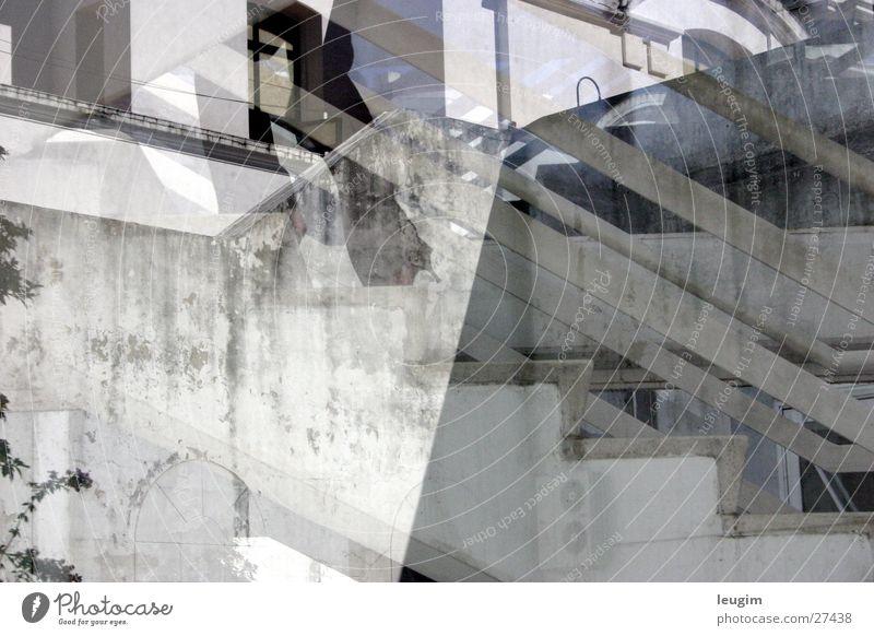 Wohin ir Reflexion & Spiegelung Gebäude Buenos Aires Argentinien weiß grau Architektur Recoleta Treppe Irritation