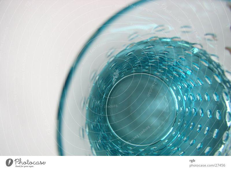 zu tief ins glas geschaut Wasser blau Glas Getränk trinken Flüssigkeit türkis Alkohol Durst löschen