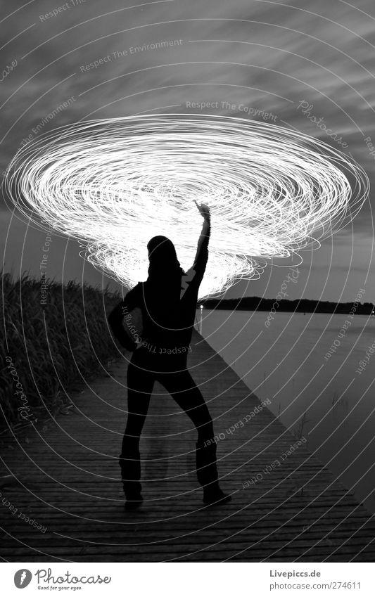 bild Tanzen Mensch feminin Junge Frau Jugendliche Erwachsene Körper 1 Kunst Künstler Maler Natur Landschaft Wasser Himmel Wolken Pflanze Baum Sträucher Seeufer