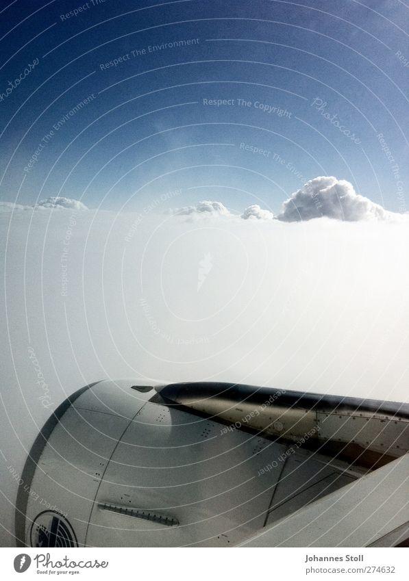 Schneeturbine Himmel Natur blau Ferien & Urlaub & Reisen weiß Wolken Schnee oben Freiheit Luft fliegen frei Tourismus Verkehr Flugzeug Luftverkehr
