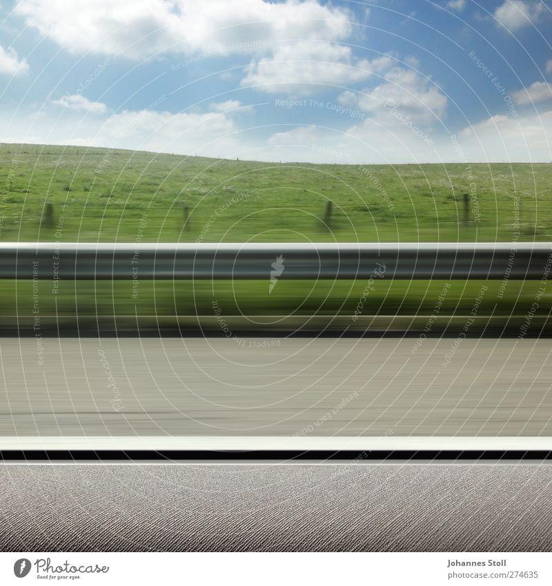Drive-by 3 Himmel Ferien & Urlaub & Reisen Landschaft Wiese Straße Freiheit PKW frei Verkehr Geschwindigkeit gefährlich Sicherheit Schönes Wetter fahren