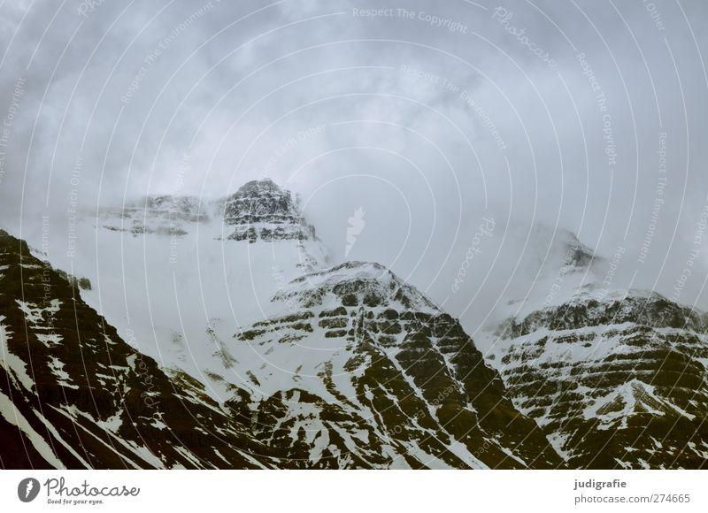 Island Umwelt Natur Landschaft Wolken Klima Schnee Felsen Berge u. Gebirge Gipfel Schneebedeckte Gipfel bedrohlich dunkel kalt natürlich Farbfoto