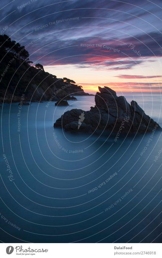 Seelandschaft an der Costa brava Ferien & Urlaub & Reisen Tourismus Ausflug Sommer Strand Meer Berge u. Gebirge Natur Landschaft Sand Himmel Felsen Küste blau