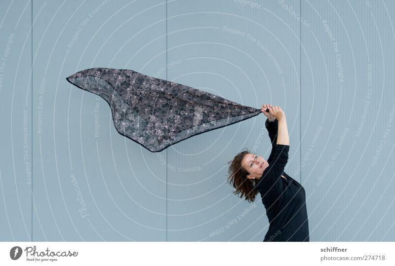 Vom Winde verweht - UT S/HD 2012 Mensch Frau Jugendliche schön Erwachsene Haare & Frisuren Junge Frau träumen fliegen Arme Windkraftanlage Sturm wehen Schal