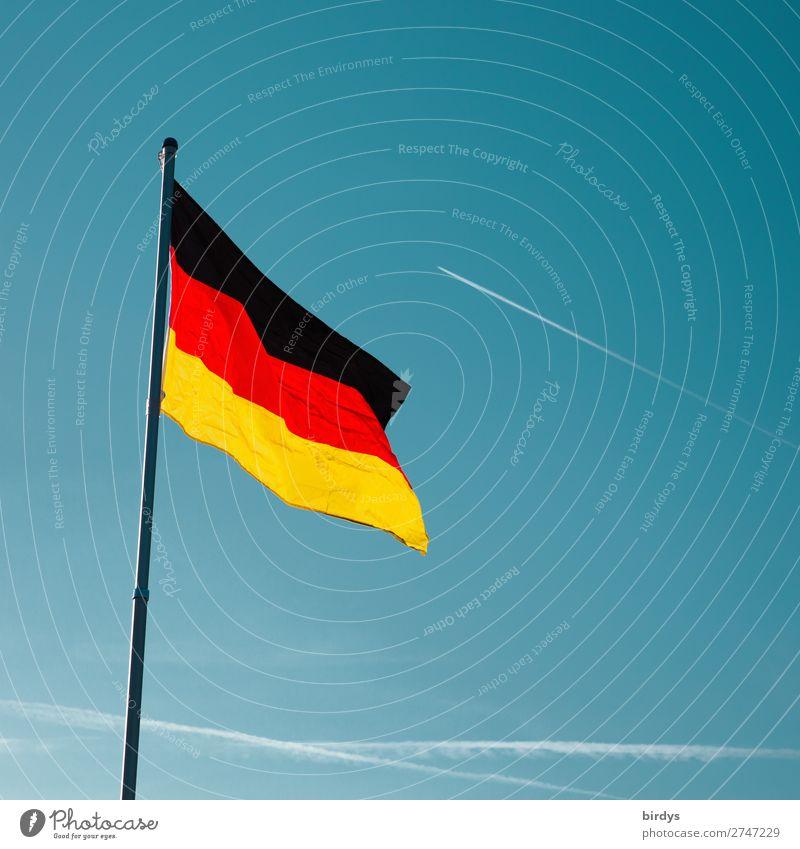 Aufwärtstrend Wolkenloser Himmel Schönes Wetter Wind Deutsche Flagge Zeichen Fahne leuchten ästhetisch authentisch Erfolg frisch positiv blau gold rot schwarz
