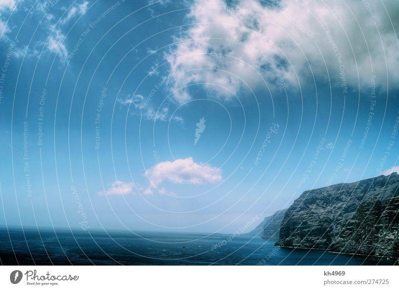 Los Gigantes Ferien & Urlaub & Reisen Ferne Meer Wellen Landschaft Wasser Himmel Wolken Felsen Küste Bucht Riff Insel retro blau tonemapped Farbfoto