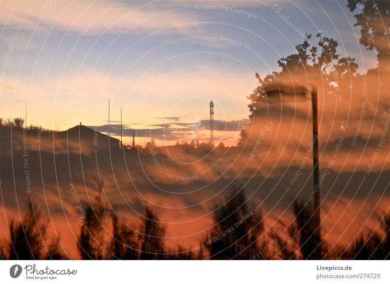 eins acht im tee Himmel Natur Baum Sommer Pflanze Wolken Landschaft orange Energiewirtschaft Sträucher Fabrik Landwirtschaft Arbeitsplatz Forstwirtschaft Erneuerbare Energie