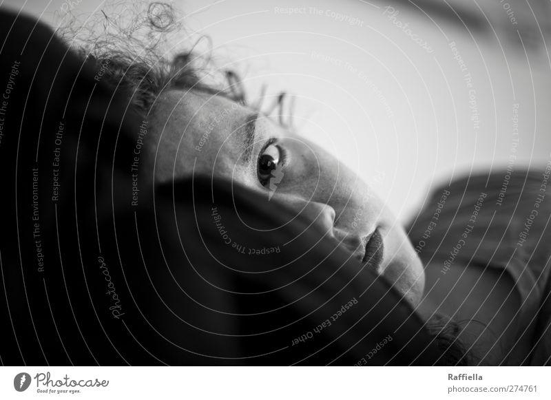 betttag Jugendliche ruhig schwarz Erwachsene Gesicht Auge feminin Haare & Frisuren Junge Frau Kopf Denken liegen 18-30 Jahre Mund Nase schlafen