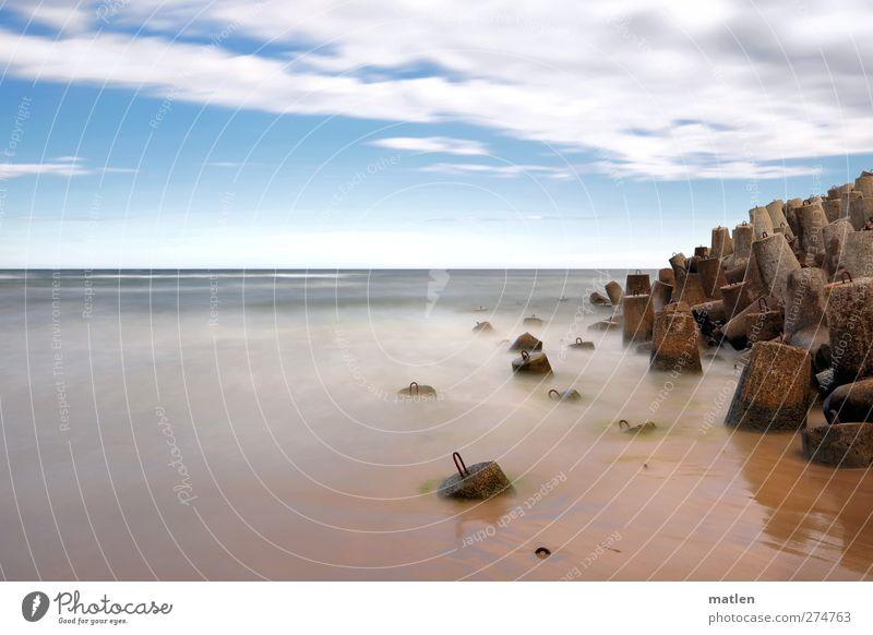 môle Landschaft Sand Wasser Himmel Horizont Wetter Schönes Wetter Meer Menschenleer blau braun Betonklotz Gedeckte Farben Außenaufnahme Textfreiraum links Tag