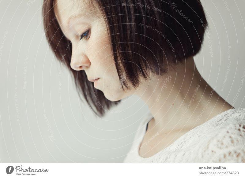 es wird. Mensch Frau Jugendliche weiß schön ruhig Erwachsene feminin Junge Frau Traurigkeit Stil Denken träumen 18-30 Jahre natürlich elegant