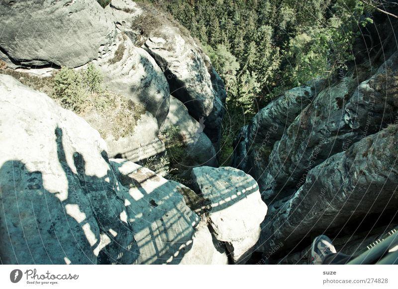 Da isser Ferien & Urlaub & Reisen Tourismus Berge u. Gebirge Mensch Umwelt Natur Landschaft Urelemente Frühling Klima Schönes Wetter Baum Felsen authentisch