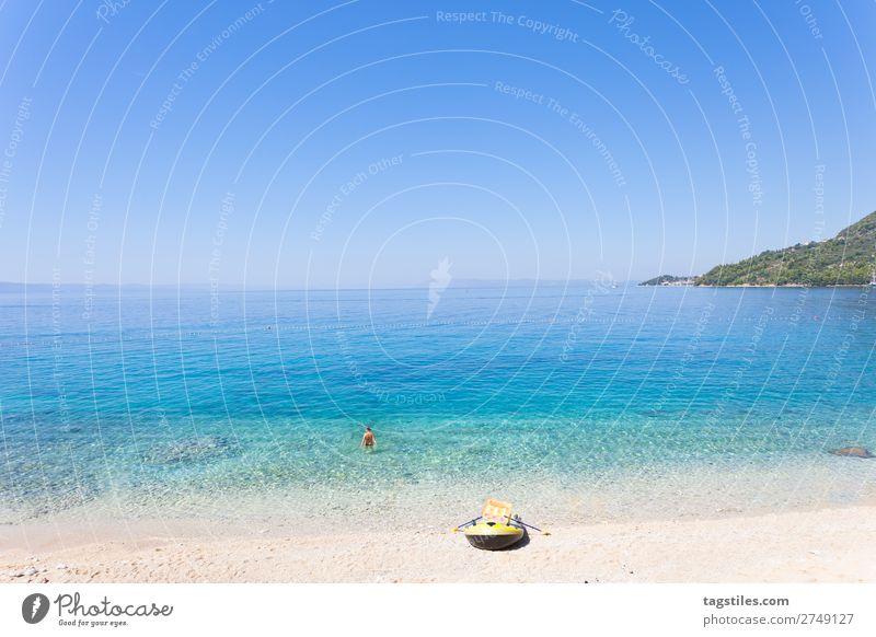DRASNICE, DALMATIEN, KROATIEN Adria Schwimmen & Baden Bucht Strand Wasserfahrzeug Wolkenloser Himmel Küste Kroatien Dalmatien Drasnice Unendlichkeit Kies