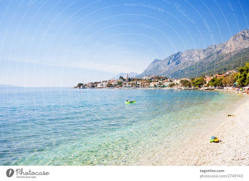 GRADAC, KROATIEN Ferien & Urlaub & Reisen Natur Sommer Landschaft Meer Reisefotografie Strand Berge u. Gebirge Küste Tourismus Stein Schwimmen & Baden Sand