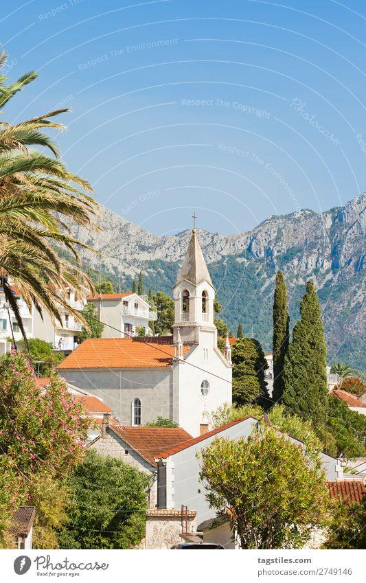 Brist, Dalmatia, Croatia Architektur Gebäude Religion & Glaube Kirche Kroatien Zypresse Dalmatien Fassade Fischerdorf Hügel historisch Haus Idylle Landschaft