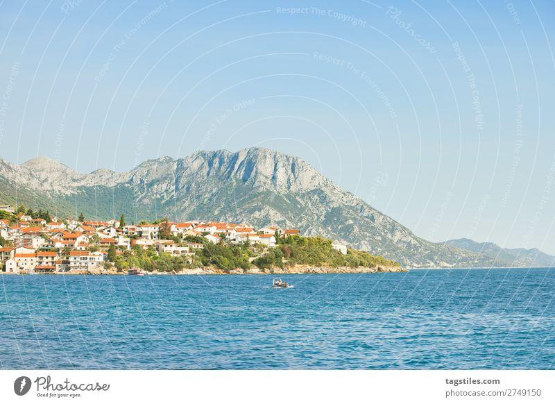 KAPEC, DALAMTIEN, KROATIEN Adria Bucht Strand Stadt Wolkenloser Himmel Küste Kroatien Dalmatien verträumt Fischerdorf Hafen historisch Idylle Kapec Landschaft