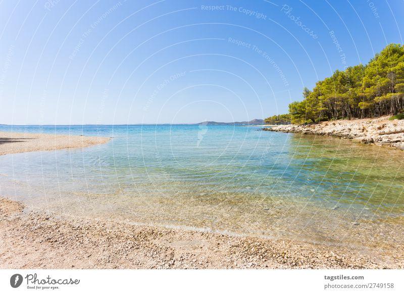 PAKOSTANE, SIBENIK, KROATIEN Adria Schwimmen & Baden Bucht Strand ruhig Camping Wolkenloser Himmel Küste Kroatien Unendlichkeit Kies Ferien & Urlaub & Reisen