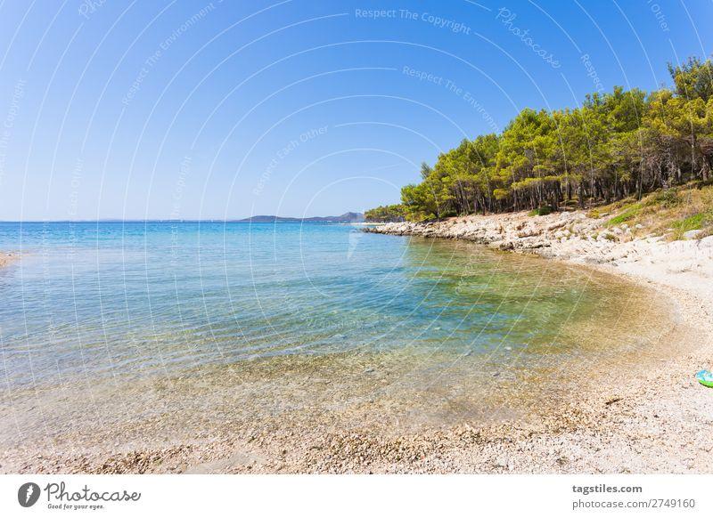 PINE BEACH, PAKOSTANE, CROATIA Adria Schwimmen & Baden Bucht Strand ruhig Camping Wolkenloser Himmel Küste Kroatien traumhaft Unendlichkeit Kies Sand