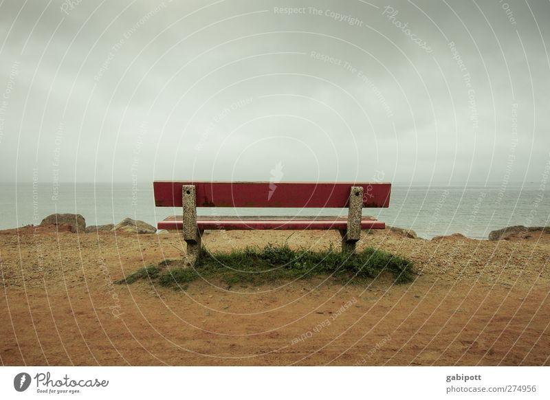 sitting. waiting. wishing. Natur Landschaft Erde Sand Wasser Wolken Gewitterwolken Sommer Herbst schlechtes Wetter Küste Strand Nordsee Bank Holz warten blau