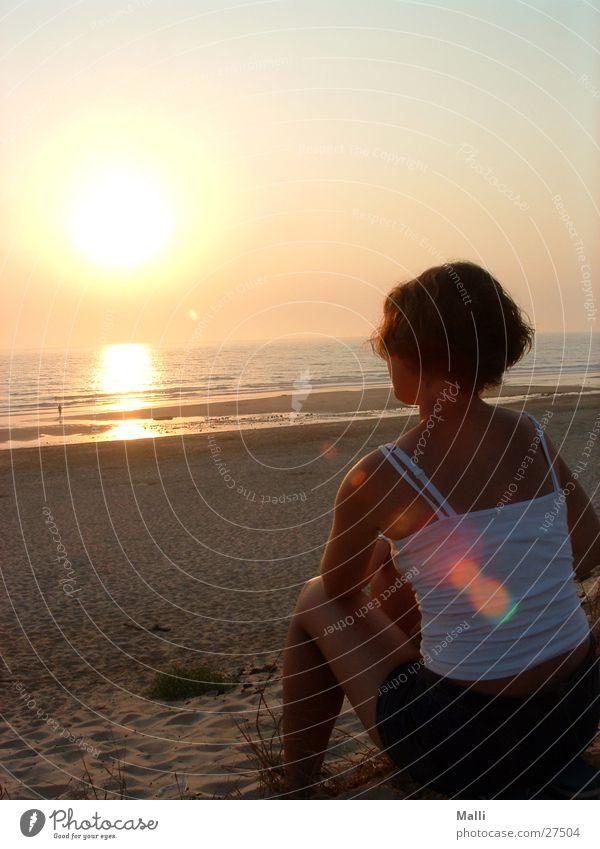 Abend am Atlantik Frau Sonne Meer Strand Atlantik