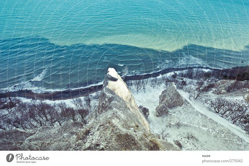 Kreidebleich ... Natur blau Wasser weiß Baum Meer Winter Umwelt Landschaft kalt Berge u. Gebirge Schnee Küste Luft Felsen Wellen