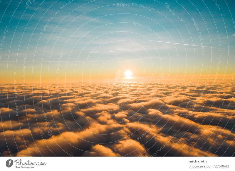Sonne über den Wolken Ferien & Urlaub & Reisen Ausflug Abenteuer Freiheit Sommerurlaub Umwelt Himmel Sonnenaufgang Sonnenuntergang Klima Klimawandel Wetter