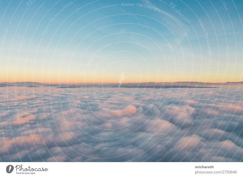 Sonnenuntergang über den Wolken II Lifestyle Gesundheit Gesundheitswesen Wellness Wohlgefühl Zufriedenheit Erholung ruhig Meditation Duft Umwelt Natur Luft