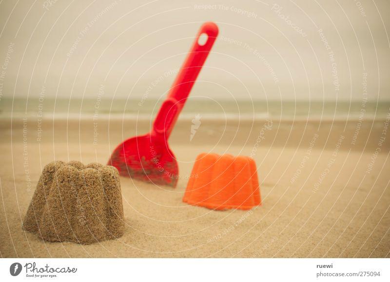 So viel Sand... und ein Förmchen! Himmel Wasser Ferien & Urlaub & Reisen Sommer Meer Strand Wolken Erholung Spielen Sand Horizont Kindheit Freizeit & Hobby Spielzeug Nordsee Sommerurlaub