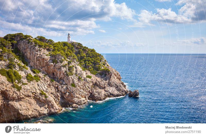 Malerische Landschaft mit Leuchtturm Capdepera, Mallorca. Ferien & Urlaub & Reisen Abenteuer Ferne Freiheit Sommer Sommerurlaub Sonne Meer Insel Wellen Natur