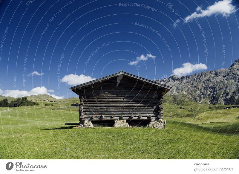 Feine Hütte in guter Lage Himmel Natur Ferien & Urlaub & Reisen Sommer Erholung Einsamkeit Landschaft ruhig Ferne Berge u. Gebirge Umwelt Leben Wiese Freiheit