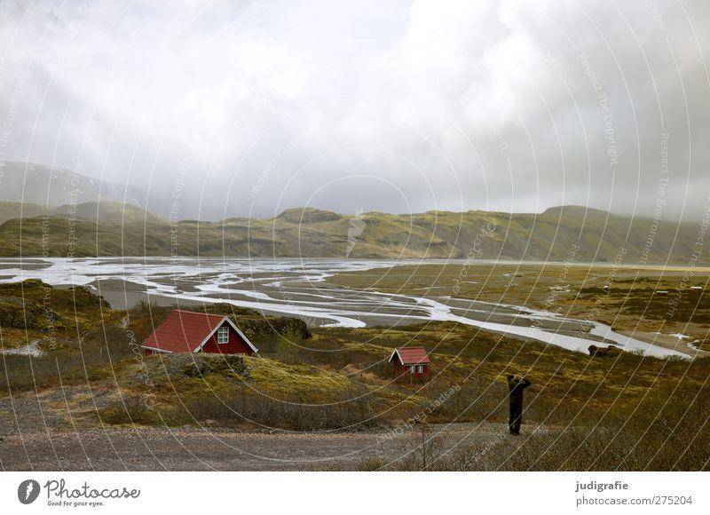 Island Umwelt Natur Landschaft Wasser Himmel Wolken Klima Hügel Felsen Berge u. Gebirge Haus Hütte Gebäude außergewöhnlich fantastisch natürlich wild Stimmung