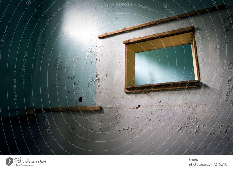 Lightroom blau alt Haus dunkel Fenster Wand Architektur Mauer Innenarchitektur Raum außergewöhnlich dreckig ästhetisch Neugier nah fest