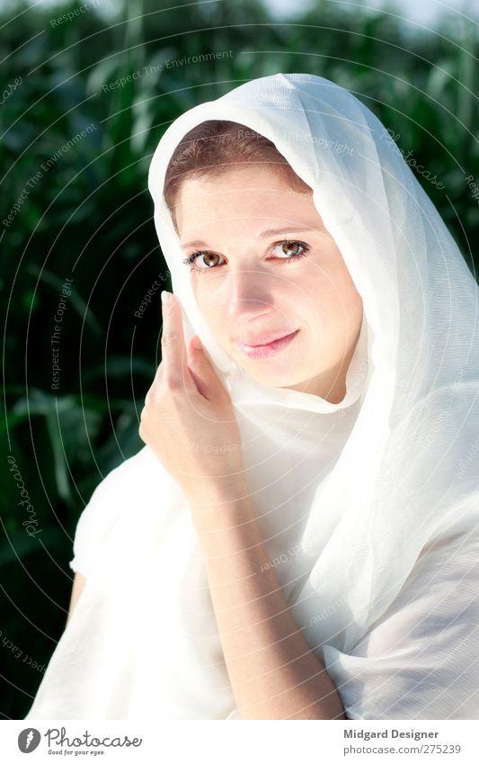 Unschuld Mensch Jugendliche weiß schön Erwachsene Auge feminin Religion & Glaube Junge Frau hell 18-30 Jahre Stoff rein heilig Tuch