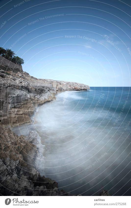Zeit am Meer Himmel Natur blau Wasser weiß Sommer Meer Umwelt Ferne dunkel Bewegung Küste Luft Horizont braun Felsen