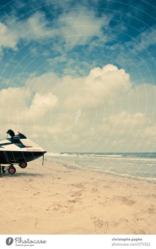 Küstenwache Himmel Ferien & Urlaub & Reisen Sommer Strand Horizont Wasserfahrzeug Wellen Freizeit & Hobby Sandstrand Beiboot Motorboot Wolkenhimmel