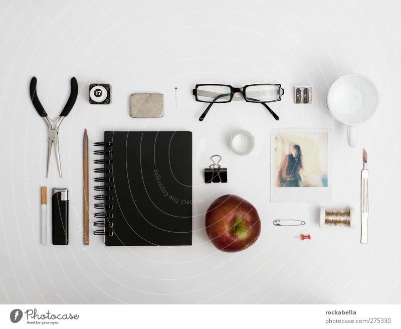 Sortierter Arbeitsplatz Stil Design ästhetisch elegant Dinge Stillleben aufräumen Ordnung Farbfoto Studioaufnahme Menschenleer Vogelperspektive