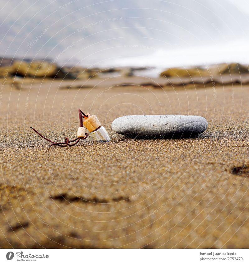 Natur Landschaft Erholung ruhig Strand Küste Stein Sand Spanien Gelassenheit Flasche Bilbao