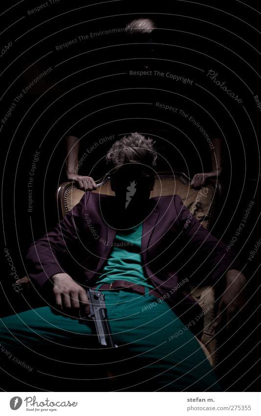 darkness Mensch dunkel Gefühle Kunst Stimmung Zusammensein Angst maskulin verrückt beobachten berühren gruselig Theaterschauspiel Todesangst Wut Gewalt