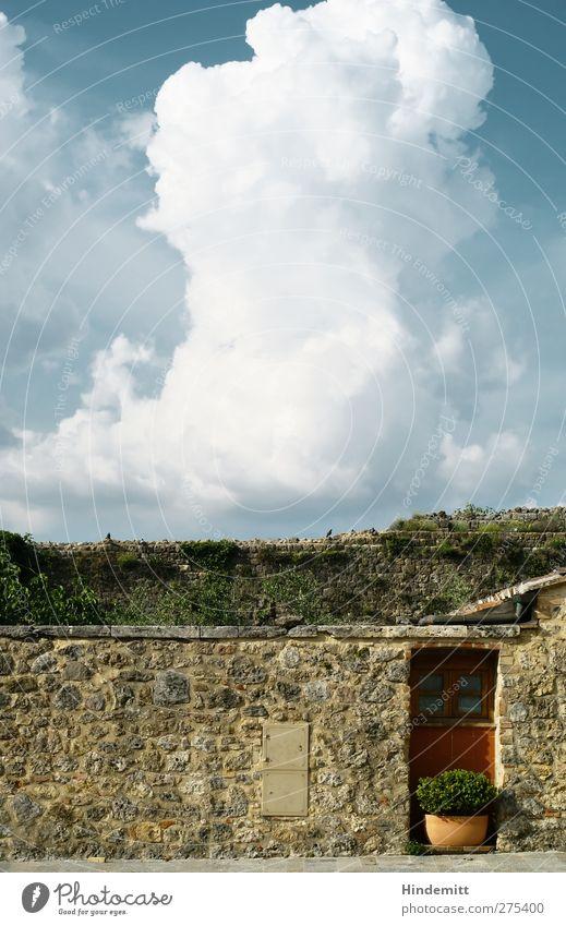 Nur ein Wort: Toskana Ferien & Urlaub & Reisen Tourismus Ausflug Sommer Wolken Gewitterwolken Frühling Schönes Wetter Unwetter Italien Dorf Menschenleer Haus