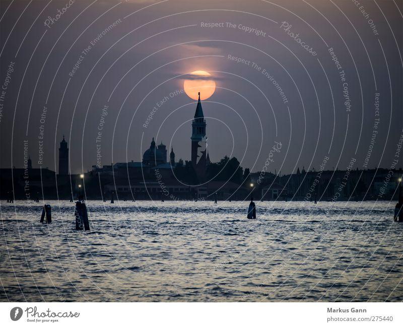 Sonnenuntergang über Venedig Ferien & Urlaub & Reisen Tourismus Städtereise Meer Stadt Altstadt Skyline Kirche Dom Sehenswürdigkeit Liebe Romantik Europa