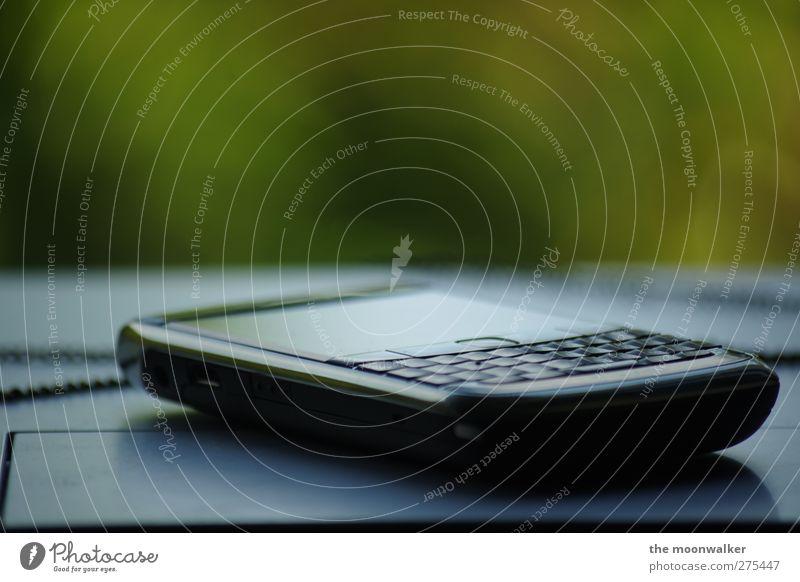 everyday business blau grün weiß schwarz grau Erfolg Design Kommunizieren Technik & Technologie Telekommunikation Freundlichkeit Beruf Handy Tastatur Telefon