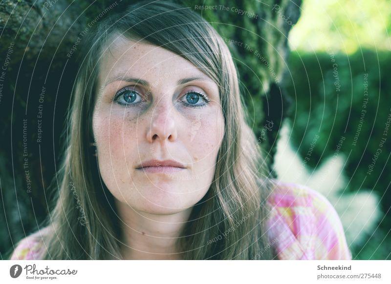 Still Waiting.... Mensch Frau Natur Jugendliche schön Baum Erwachsene Gesicht Auge feminin Leben Haare & Frisuren Junge Frau Kopf 18-30 Jahre Mund